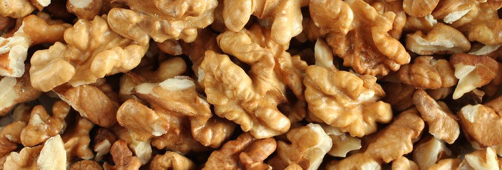 Орехи сурови парчета 100гр.