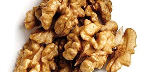 Орехи сурови половинки ядки 100гр.