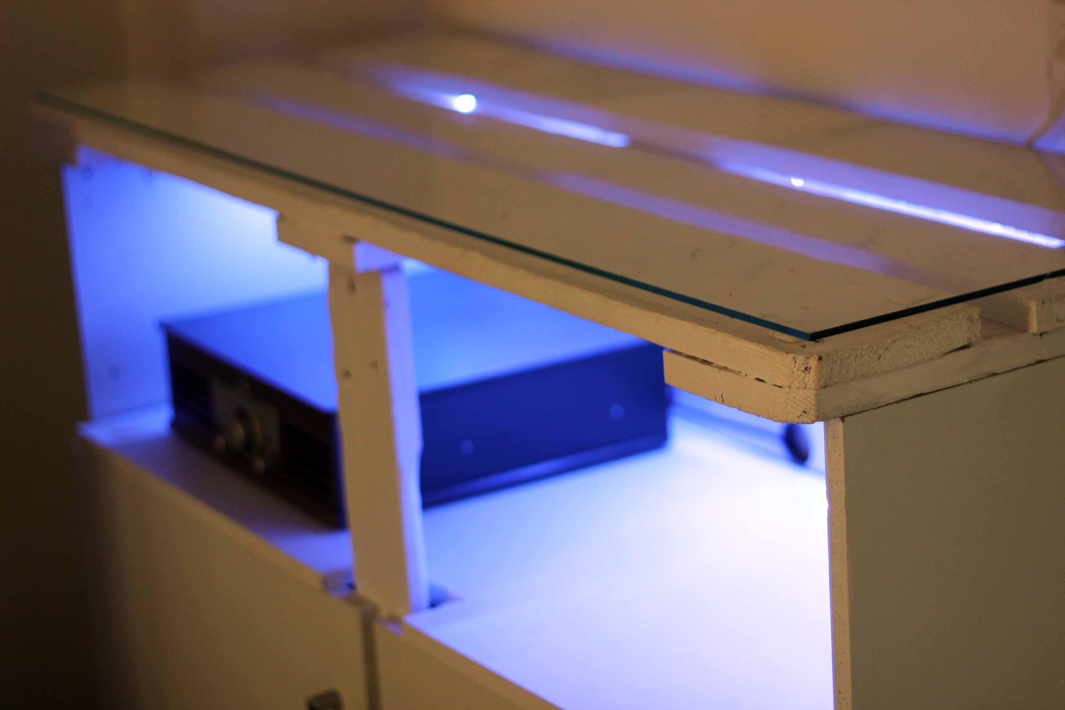 Boukko Alabus Console White Detail 2020.