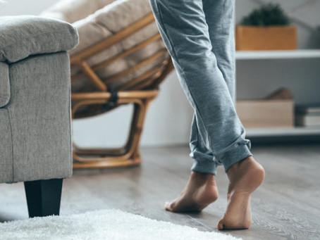 ¿Por qué hay que quitarse los zapatos al entrar en casa?