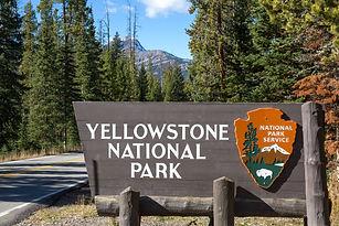 Yellowstone national park sign.jpg