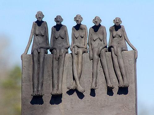 Banc public cinq femmes