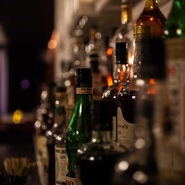 75 Club Bar