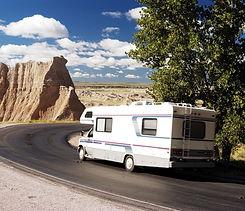 vehicle-road-Badlands-National-Park-Sout