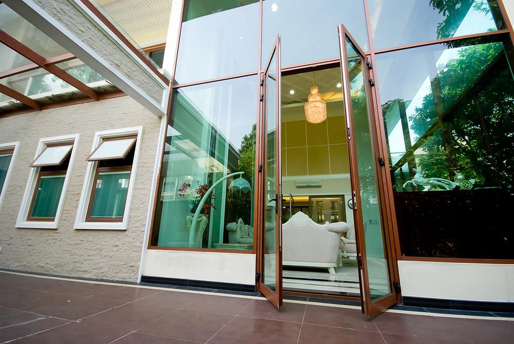 ประตู บานเปิดคู่ สูง 3.00 เมตร   Casement door 3 m. Height