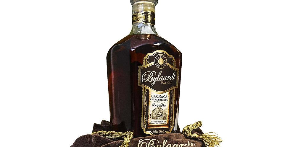 Cachaça Bylaardt Extra Premium 18 anos