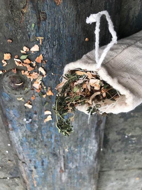 green witchcraft, cleansing, traditional witchcraft, magick supplies near me, online wicca shop, beginners hedge witch