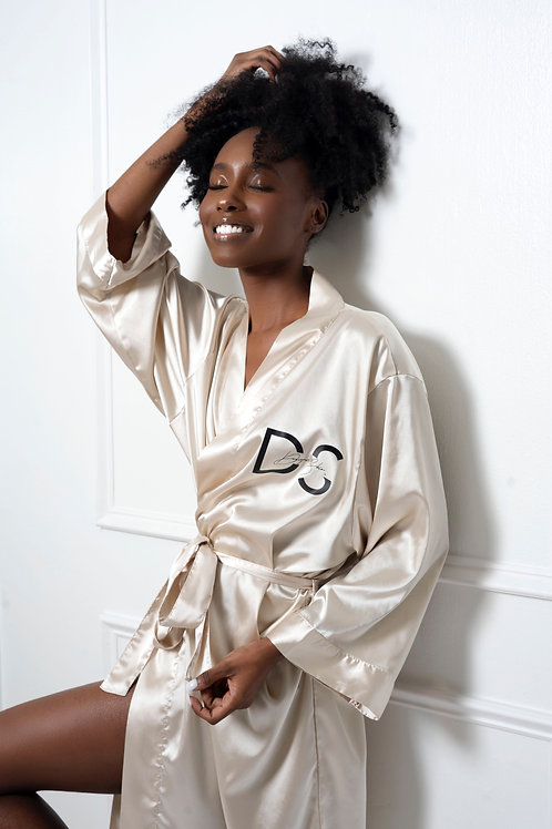 Luxe Satin Robe I Champagne