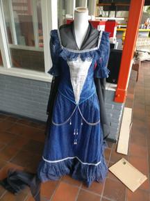 Queen Elizabeth dress finished