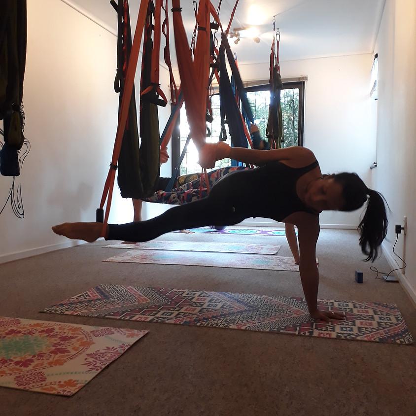 Día Internacional del Yoga - Clase Gratis 12.00 pm