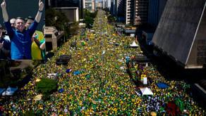 "Bolsonaro desafió: ""Sólo Dios me saca de Brasilia"""