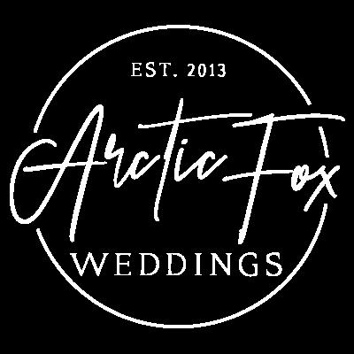 ArcticFoxWeddings_Logo-Stamp-Rev.png