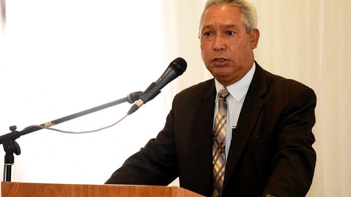 Ministro de Economía considera se basan en falacias opositores a ordenanza sobre equidad de género