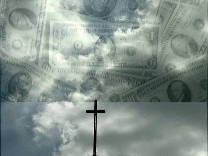 Relación de la religiosidad con el nivel de igualdad salarial entre hombre y mujer