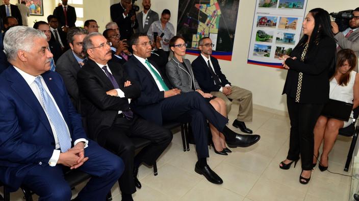 Primer ministro Jamaica interesado en reproducir modelo Ciudad Juan Bosch con desarrolladores de RD