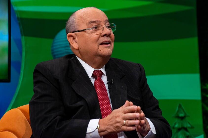 El administrador del Banco Agrícola, Carlos Segura Foster