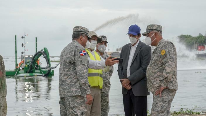 Ministro Montalvo anuncia adquisición de draga para ríos y puertos
