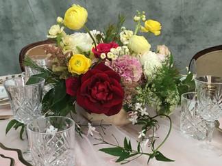wedding flowrs table flowers_edited.jpg