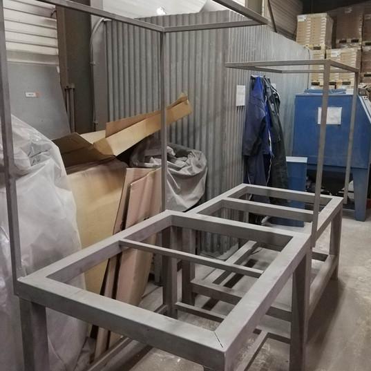Tables industrielles décapées