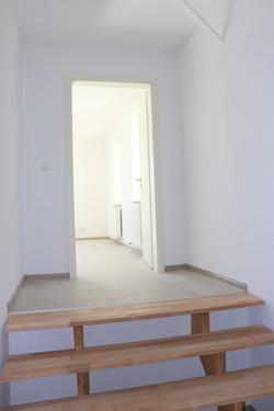 Treppenaufgang zum Wohnraum
