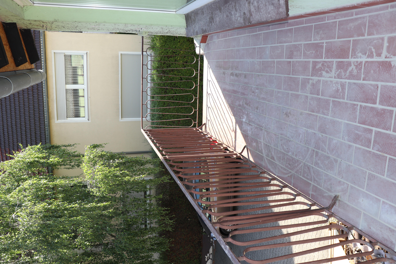 Hofseitiger Balkon