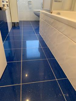 Badezimmerboden