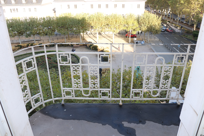 Balkonzugang Zimmer 2