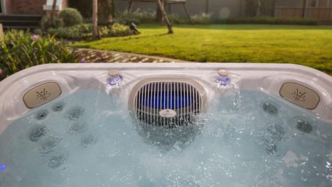 HP20-2020-SERHT-6600-Topside-AquaBlade-W