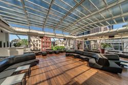 Copacabana - Free Standing Rooftop Skyli