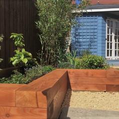 border planter