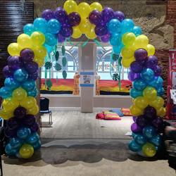 Arrow Balloon Arch