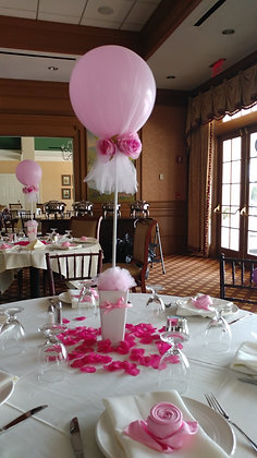 Tulle wrapped balloon centerpiece