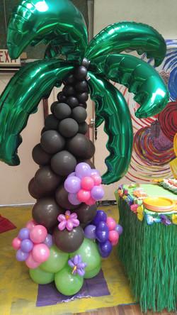 Palm Tree Balloon Column