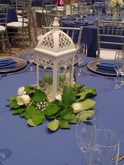 Lantern Rose Garland Centerpiece