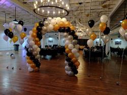 4 Color Spiral Balloon Arch