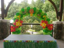 Jungle Animal Balloon Arch