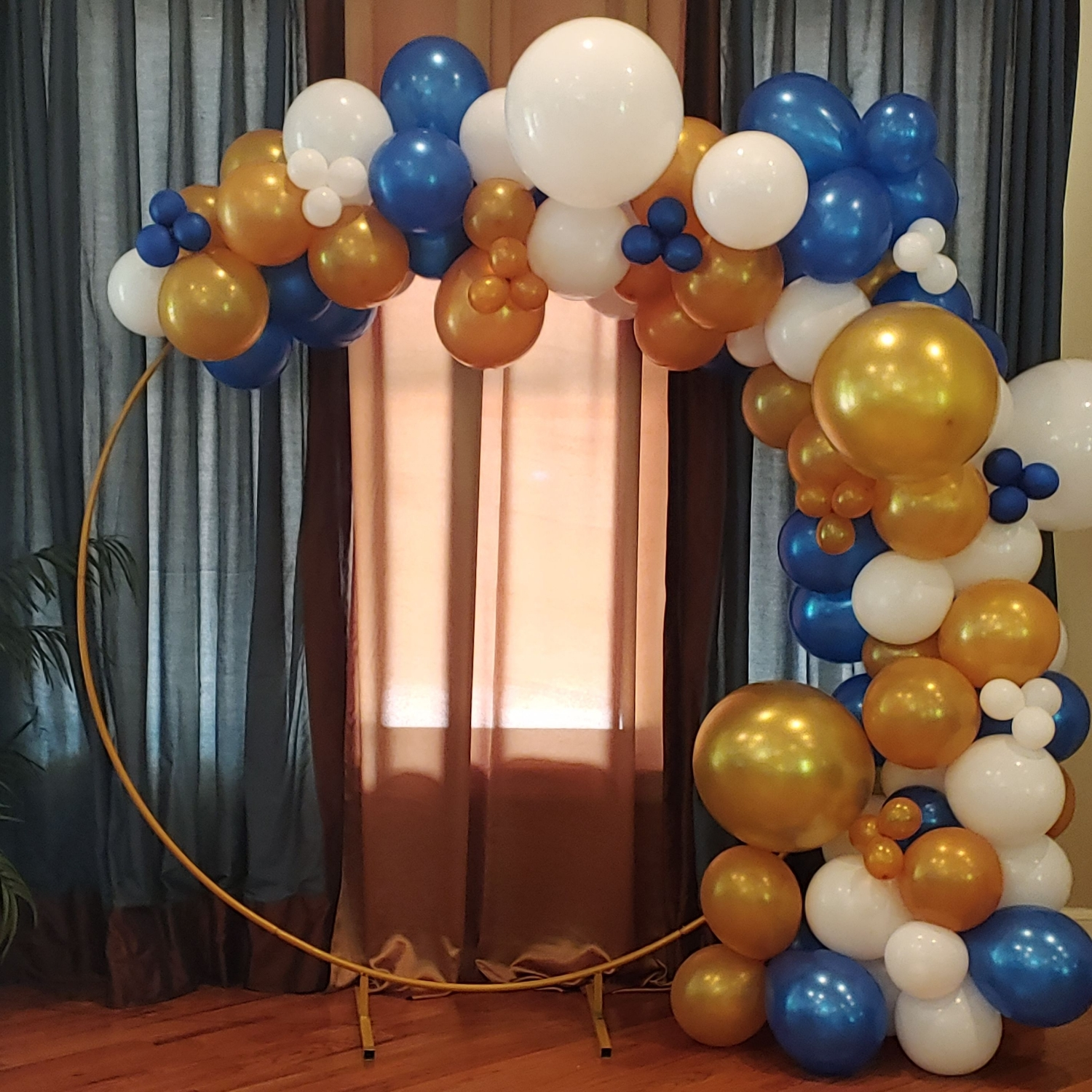 Round Balloon Backdrop