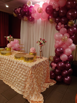 Organic Balloon Sweets Table