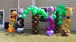 Animal Number Balloon Column