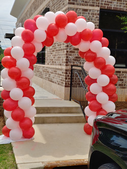 Grand Opening Spiral Balloon Arch