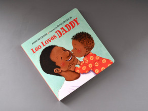 Leo Loves Daddy by Anna McQuinn with Illustrations by Ruth Hearson