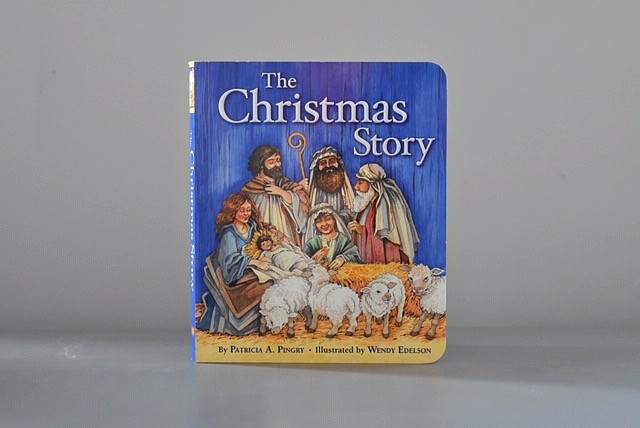 The Christmas Story by Patricia A. Pingry & illustrated by Wendy Edelson