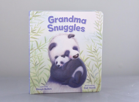 Grandma Snuggles by Glenys Nellist with Illustrations by Gail Yerrill.