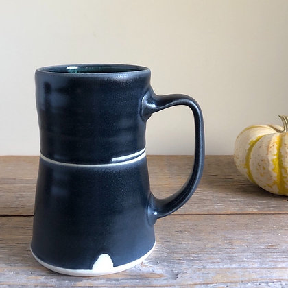 large black satin mug 01