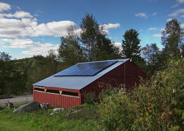 Vermont_Barn_Solar.jpg