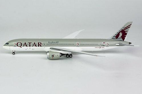 Qatar Airways Boeing B 787-900 / A7-BHG / 55050 / 1:400
