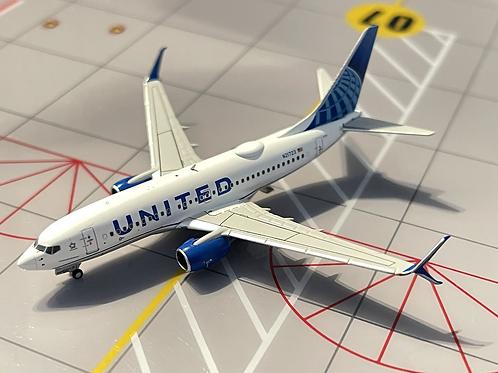 United Airlines Boeing B 737-700 N21723 77003  / 1:400