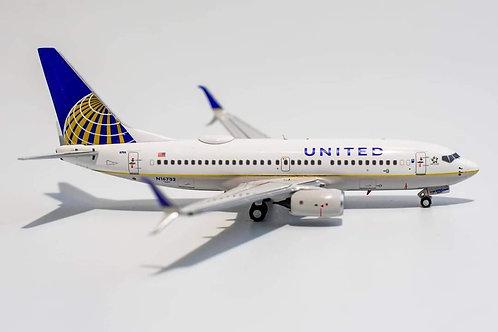UNITED Airlines Boeing B 737-700 /  N16732 / 77001  / 1:400
