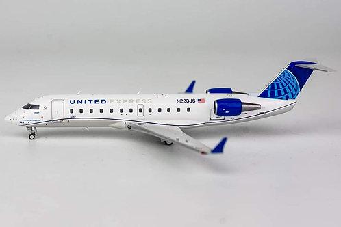 United Express Bombardier CRJ200 / N223JS / 52038 / 1:200