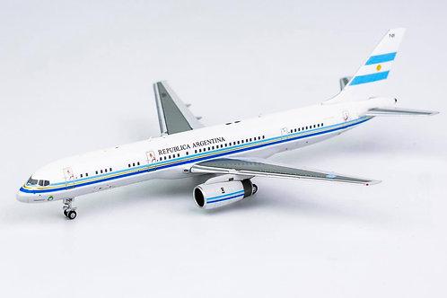 Fuerza Aerea Argentina Boeing B 757-200 / T-01 / 53149 / 1:400